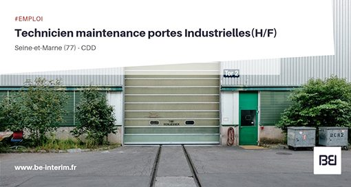 Technicien de maintenance en porte industrielle
